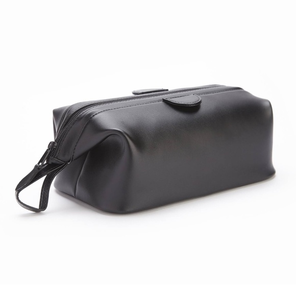 Royce Leather Other - Royce Leather Toiletry bag
